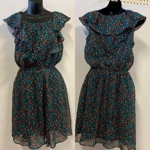 Floral print dress. ⭐️⭐️ two for $15 ⭐️⭐️